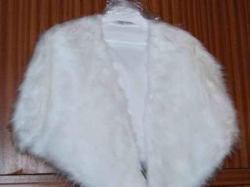 Sprzedam etolę ślubną, biała, imitacje futra lisa!