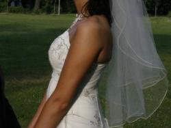 sprzedam ładną i tanią suknię ślubną