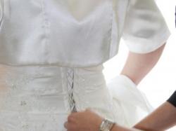 sprzedam lub wyporzycze suknienke ślubna