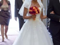 Sprzedam niedrogo piękną białą suknię Herm's Barbielle