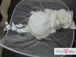 Sprzedam nowy kapelusz do ślubu ecru lub biały