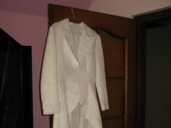 Sprzedam NOWY płaszcz ślubny