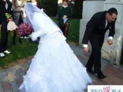 Sprzedam oruginalną suknię ślubną z Salonu AGORa+ welon gratis!!!