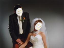 Sprzedam oryginalną, bogato zdobioną suknię ślubną :)