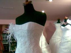 Sprzedam oryginalna, delikatna suknie slubna.