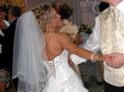 Sprzedam oryginalną suknię HERMS model Lequese model 2008