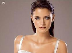 Sprzedam oryginalną suknię ślubną hiszpanskiej firmy White One, model 175 z kole