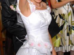 """Sprzedam piękną białą suknię 2-częściową typu """"księżniczka"""""""