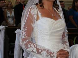 Sprzedam piękną białą suknię rozm. 36/38 Gratis bolerko + welon