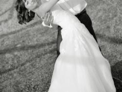 Sprzedam piękną i oryginalną suknię firmy La Sposa rozm. 36