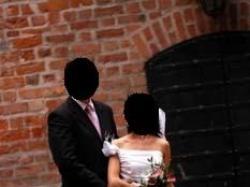 sprzedam piękną i oryginalną suknię ślubną