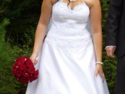 Sprzedam piekną, klasyczną suknię ślubną + gratisy!!!