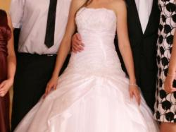 Sprzedam piękną nietypową suknię