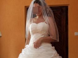 Sprzedam Piękną suknie Matgarett r. 38 . OKAZJA!