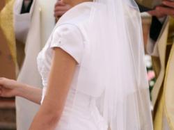 Sprzedam piękną suknię ślubną :)
