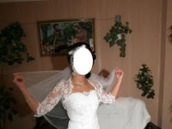 Sprzedam piękną suknię ślubną (+bolerko i buty)
