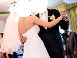 Sprzedam piękną suknię ślubną (gratis bolerko i dwa welony)