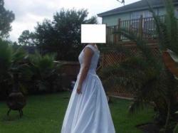 Sprzedam piekna suknie slubna nieuzywana- przywieziona z USA