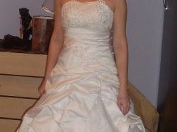 Sprzedam piękną suknię ślubną w roz.36-38