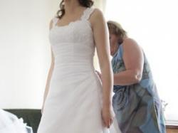 Sprzedam piękną suknię White One 3055 razem z welonem!