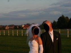 sprzedam przepiękną i niepowtrzalną suknię ślubną