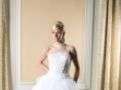 Sprzedam przepiekna,snieznobiala suknie slubna firmy Alexia Design