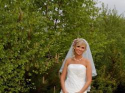 Sprzedam przepiękną suknie ślubną- gratis bolerko wyszywane kryształkami Swarows
