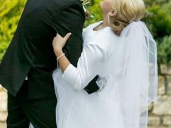 Sprzedam przepiękną suknie ślubną + Gratisy!
