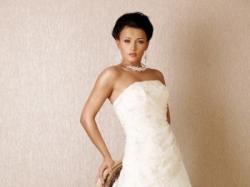 sprzedam przepiękną suknię ślubną moon