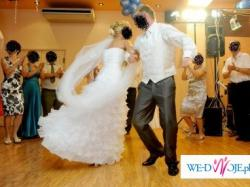 sprzedam prześliczną i niepowtarzalną suknię ślubną + dodatki