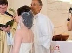 Sprzedam prześliczną koronkową suknię Caen z salonu Papa Michel