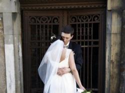 Sprzedam prześliczną, muślinową suknię ślubną Allure z kryształkami