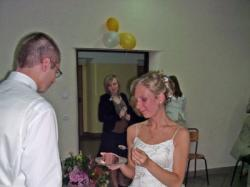 sprzedam przesliczną suknię ślubną