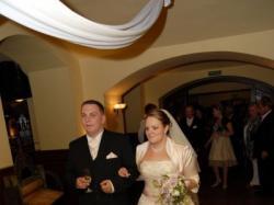Sprzedam prześliczną suknię ślubną firmy Aspera rozm.42/44