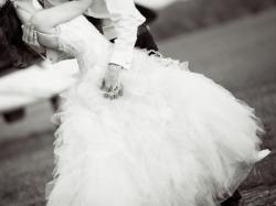Sprzedam romantyczną i zwiewną suknię ślubną