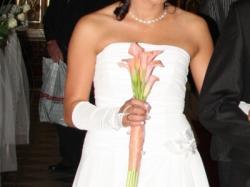 sprzedam skromną sliczną suknię ślubną