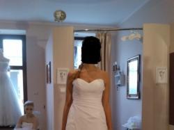 Sprzedam skromną suknie ślubna i dodatki