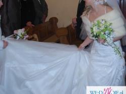 Sprzedam śliczną, hiszpańską suknię ślubną. Stan idelany