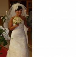 Sprzedam śliczną i romantyczną Suknię Ślubną Firmy AGORA Model 2915