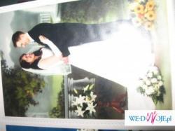 sprzedam śliczną suknie ślubną, dwuczęściową, skromną a zarazem wytworną białą