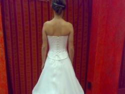 Sprzedam śliczną suknię ślubną,dwuczęsciową,z dodatkami i halką