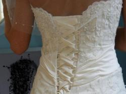 sprzedam śliczną suknie ślubną MoriLee 2162 rozmiar 34-36 z dodatkami!!!