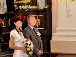 Sprzedam śliczną suknię ślubną z dodatkami w kolorze bordo!!!