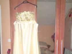 Sprzedam śliczną suknię wieczorową roz.36