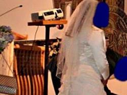 Sprzedam śmietankową suknię ślubną