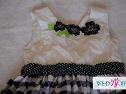 sprzedam sukienkę dla dziewczynki 140
