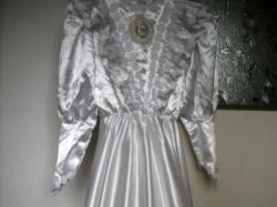 Sprzedam sukienkę komunijną + wianek + torebeczka, 80 zł