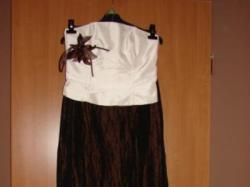 Sprzedam sukienkę z gorsetem
