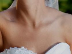 Sprzedam suknia ślubną z falbanami + bolerko + welon gratis