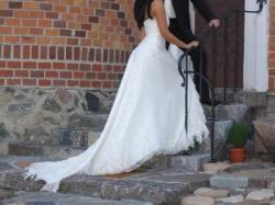 Sprzedam suknię hiszpanskiej firmy La Sposa